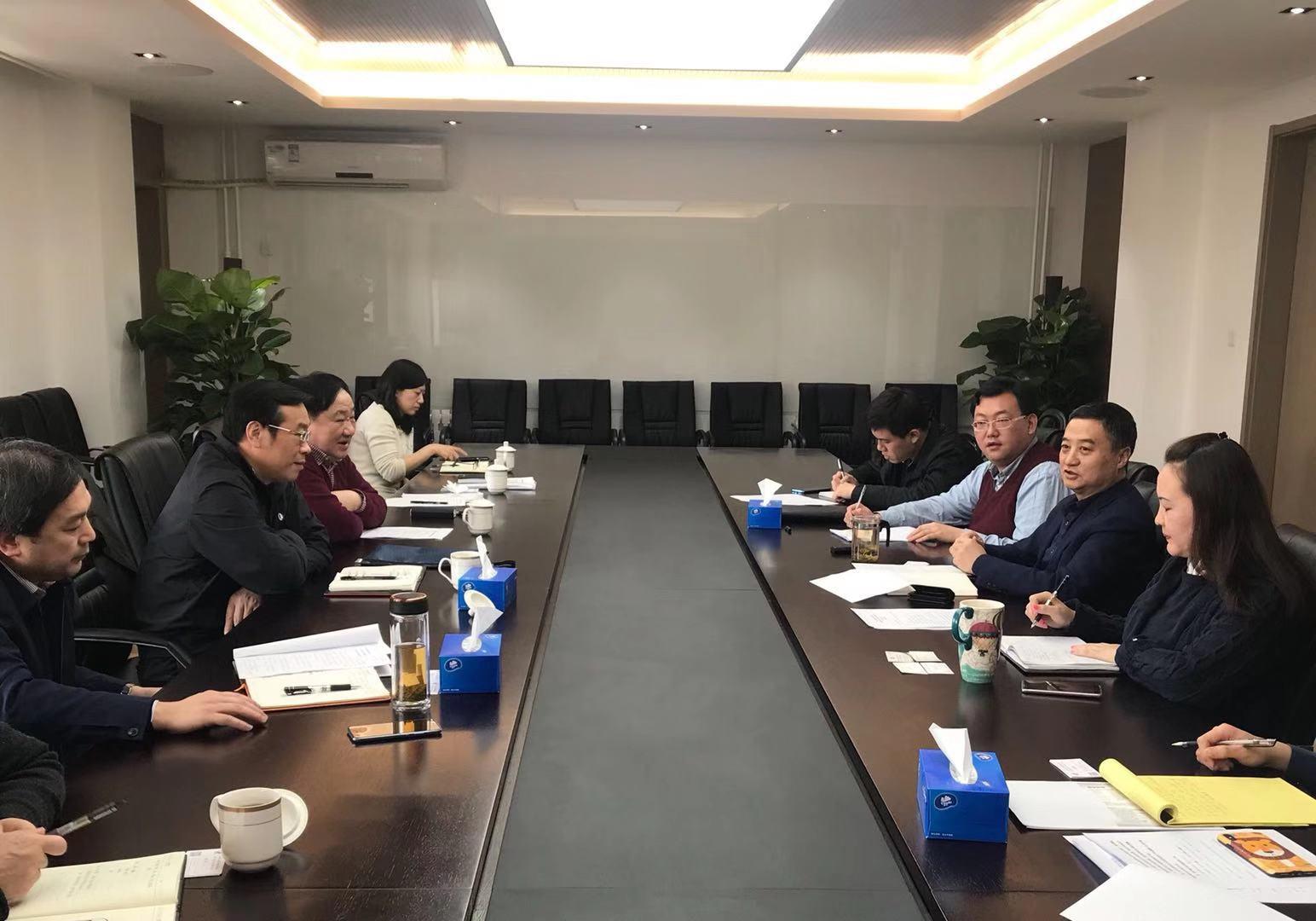 湖北省政府口岸办专职副主任杨青松、商务部投资促进事务局副局长李勇就第28届食博会合作事宜进行深度交流,达成多项共识